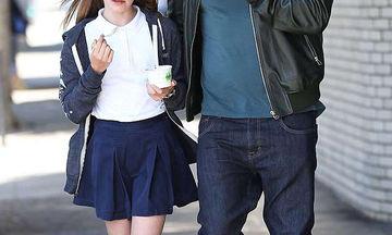 Η βόλτα με την κόρη του για παγωτό και η selfie με θαυμάστρια (pics)