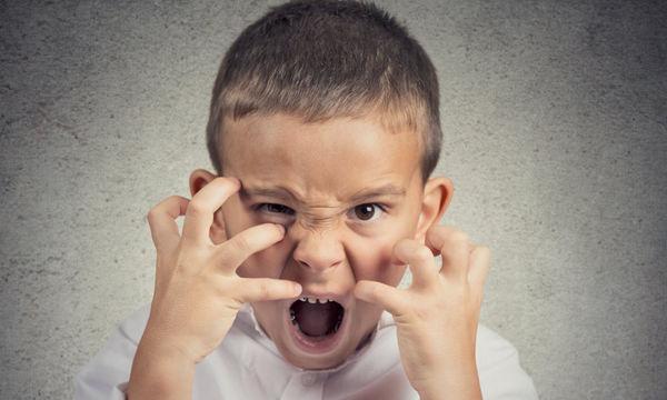 Πώς αντιδράμε όταν το παιδί είναι εκτός ελέγχου;