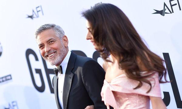 George & Amal Clooney: Το τρυφερό φιλί που δεν έχουμε ξαναδεί (pics)