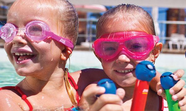 Μπάρες κατάδυσης για να εξοικειωθούν τα παιδιά με το κολύμπι