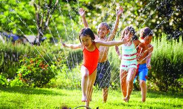 Πώς μπορούν οι γονείς να περάσουν δημιουργικό χρόνο με το παιδί τους το καλοκαίρι