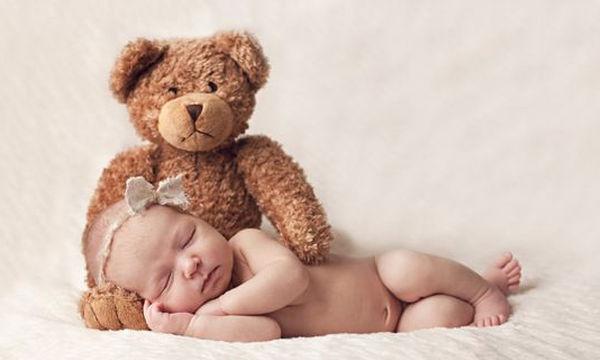 Το πρώτο βράδυ που το μωρό της κοιμήθηκε, εκείνη φόρεσε αυτό (pics)