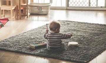 Ανάπτυξη βρέφους: Τα ευεργετικά οφέλη της μουσικής στο μωρό