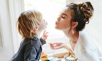 Πώς θα δείξω στο παιδί μου την αγάπη μου; Τρόποι πιο σημαντικοί από ένα «Σ' αγαπώ»