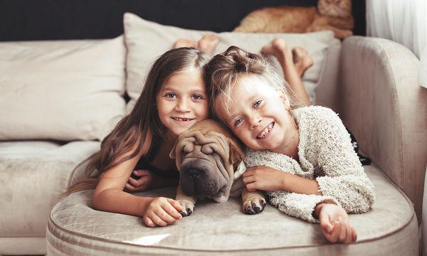 Πώς πρέπει ένα παιδί να φροντίζει το κατοικίδιό του;