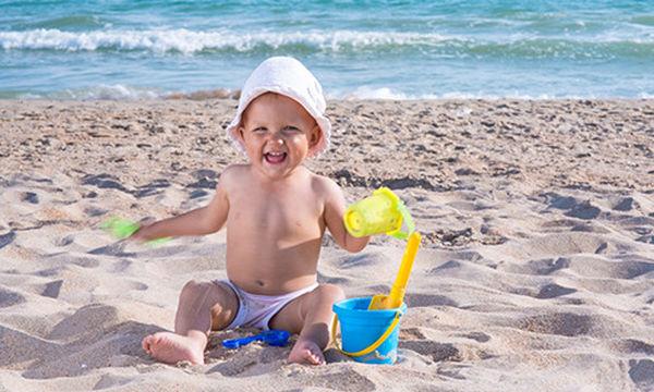 Αυτό το κουβαδάκι άμμου θα ενθουσιάσει τα παιδιά