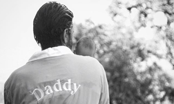 Γιορτή του Πατέρα: Οι διάσημοι μπαμπάδες που θα γιορτάσουν φέτος, για πρώτη φορά