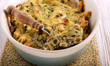 Πέννες με σπανάκι στο φούρνο με φέτα