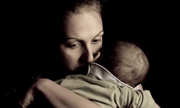 «Μέσα από αυτή την κόλαση που πέρασα, έγινα καλύτερη μητέρα από ότι φανταζόμουν»
