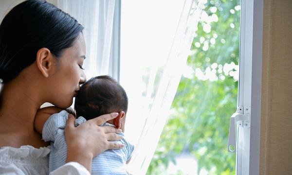 Δέκα πράγματα που δεν περιμένετε ότι κάνουν μία νέα μαμά να κλαίει