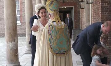 Kate Middleton-Πρίγκιπας William: Οι πρώτες εικόνες από την βάπτιση του Πρίγκιπα Λούις