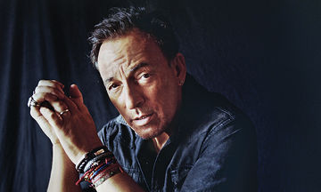 Bruce Springsteen: Η κόρη του μεγάλωσε και είναι απλά, πανέμορφη (pics)