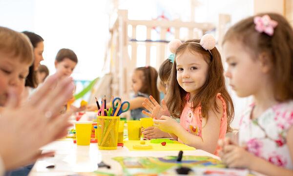 Eύκολες κατασκευές με χαρτί που θα ενθουσιάσουν τα παιδιά (vid)