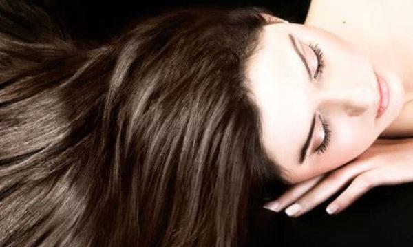 Σπιτική μάσκα για αφυδατωμένα μαλλιά