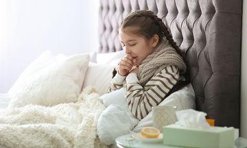 Παιδί και υγεία: Δείτε ποιοι λόγοι μπορεί να ευθύνονται για τον βήχα του
