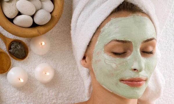 Σπιτική μάσκα με δύο μόνο υλικά για τους πόρους του δέρματος