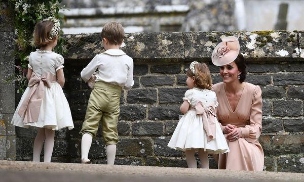 20 φωτογραφίες που αποδεικνύουν πόσο τρυφερή μαμά είναι η Kate Middleton (pics)