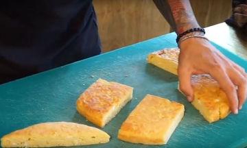 Καλαμποκόπιτα ή μπομπότα - Μια συνταγή που θυμίζει γιαγιά