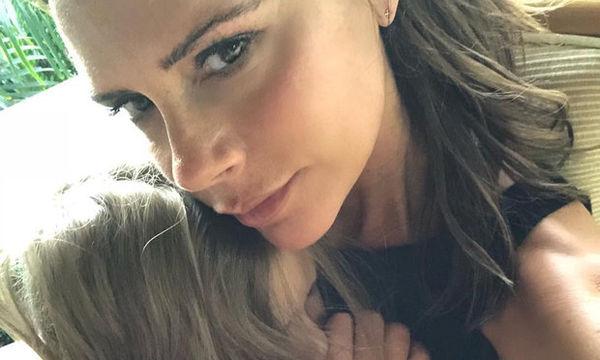Μισό λεπτό: Αυτή είναι η Harper ή η Victoria Beckham;