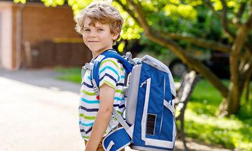 Σχολική τσάντα: Συμβουλές για την αποφυγή προβλημάτων