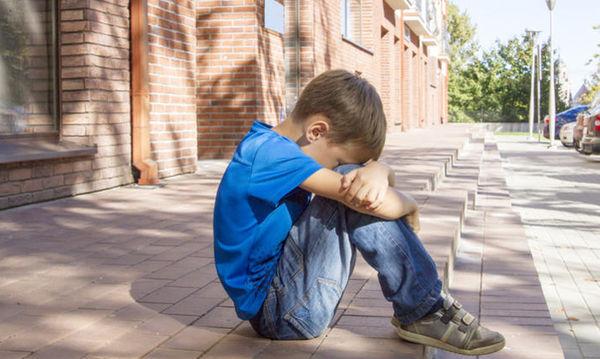 Πώς να βοηθήσουμε το παιδί μας να κάνει φίλους στο σχολείο;