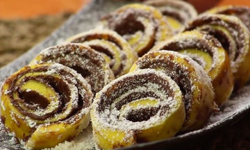 Πεντανόστιμα ρολάκια με nutella και μέλι (vid)