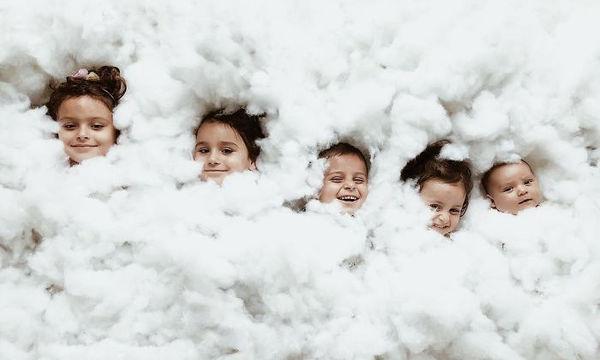 Μαμά φωτογραφίζει τα παιδιά της με τρόπο αστείο και διασκεδαστικό (pics)