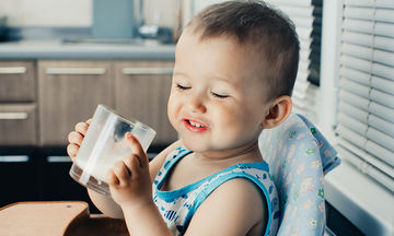 Όταν το παιδί έχει δυσανεξία στη λακτόζη - Πώς θα το καταλάβετε και τι μπορείτε να κάνετε