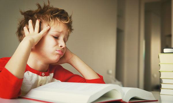 Σχολική φοβία: Τι είναι αυτό που φοβίζει το παιδί και πώς αντιμετωπίζεται;