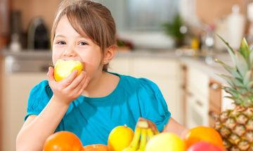 Τι θα πρέπει να περιλαμβάνει ένα ισορροπημένο πρόγραμμα διατροφής για παιδιά 6-12 χρονών