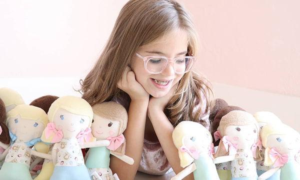Γνωρίστε τη Charlotte! Δημιουργεί κούκλες για παιδιά που πρόκειται να χειρουργηθούν (pics)