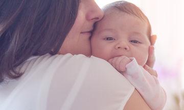 Γιατί ένα μωρό έχει λόξιγκα και πώς να τον σταματήσετε