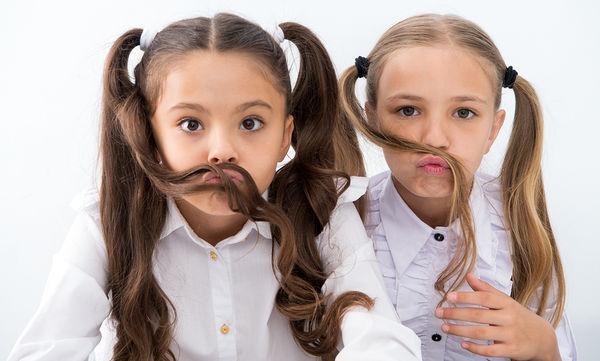 Πολύχρωμα αξεσουάρ για τα μαλλιά των κοριτσιών σας - Θα ξετρελαθούν