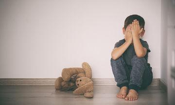 Διεθνής Ημέρα Μη Βίας: Μην αφήνετε το παιδί σας να εξοικειωθεί με τη βία