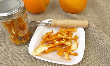 Οκτώ τρόποι για να χρησιμοποιήσετε τις φλούδες πορτοκαλιού πριν τις πετάξετε (vid)