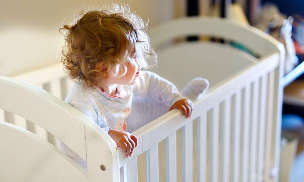 Παιδιά χωρίς δόντια: Τι προκαλεί καθυστερήσεις στην εμφάνισή τους;