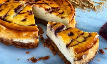 Raspberry cheesecake: Μια λαχταριστή συνταγή που πρέπει να δοκιμάσετε