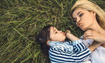 Γιατί κάποια παιδιά προτιμούν τον έναν γονιό περισσότερο από τον άλλο;