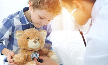 Αλλάζει το ηλικιακό όριο εξέτασης των παιδιών από παιδιάτρους