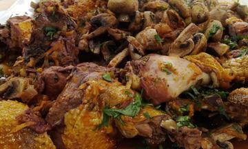 Κοτόπουλο κρασάτο με χοντρά μακαρόνια και μανιτάρια