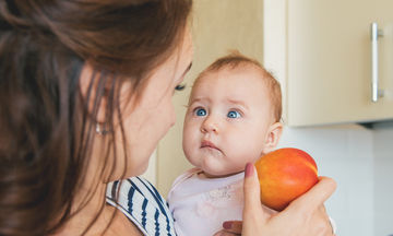 Φρούτα που πρέπει να αποφύγετε όταν θηλάζετε
