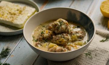 Συνταγή για σούπα γιουβαρλάκια με πατάτες και καρότα