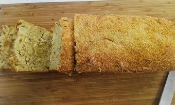 Συνταγή για ψωμί με δενδρολίβανο και μήλα