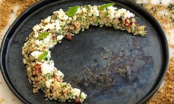 Συνταγή για να φτιάξετε σαλάτα ταμπουλέ (Tabbouleh)