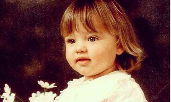 Αυτό το στρουμπουλό κοριτσάκι είναι από τα πιο διάσημα μοντέλα του κόσμου -Το αναγνωρίζετε; (pics)