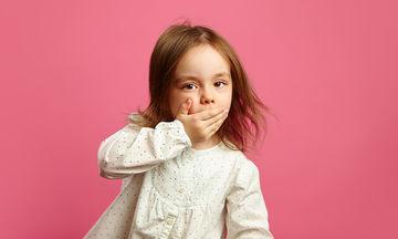 Παιδική στοματίτιδα: Πώς μεταδίδεται και πόσο διαρκεί; (vid)