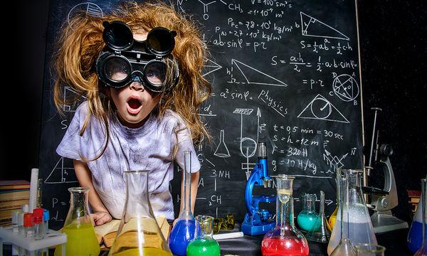 Πειράματα με χρώματα που θα συναρπάσουν τα παιδιά