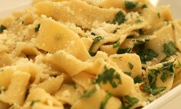 Συνταγή για να φτιάξετε ταλιατέλες aglio e olio