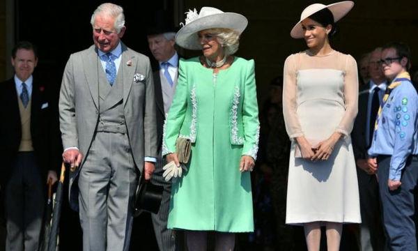 Ο Κάρολος αποκάλυψε το όνομα του απογόνου που περιμένουν Meghan και Harry