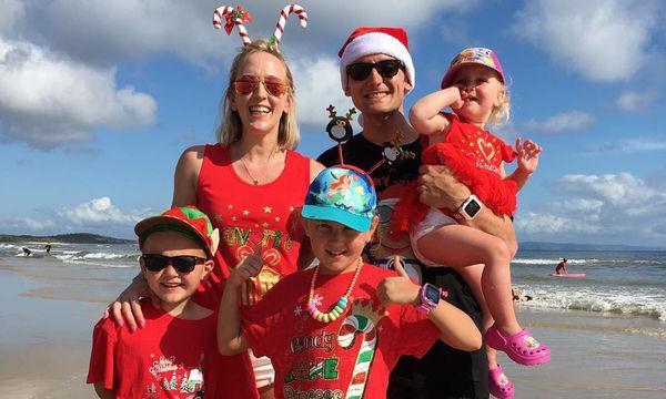 Πώς γιορτάζουν στην Αυστραλία τα Χριστούγεννα; Με μαγιό φυσικά! (pics)